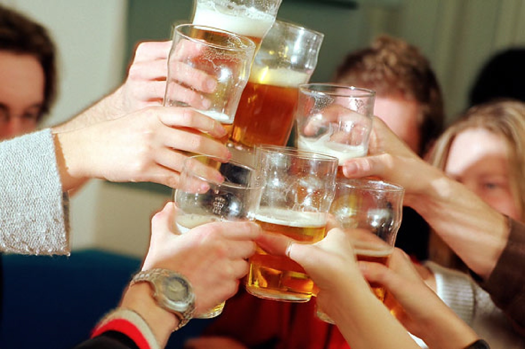Смешная картинка пьющие друзья