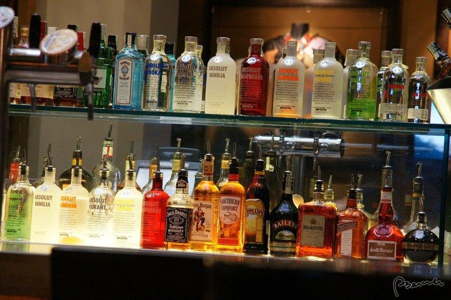 Алкоголь, который должен быть в домашнем баре