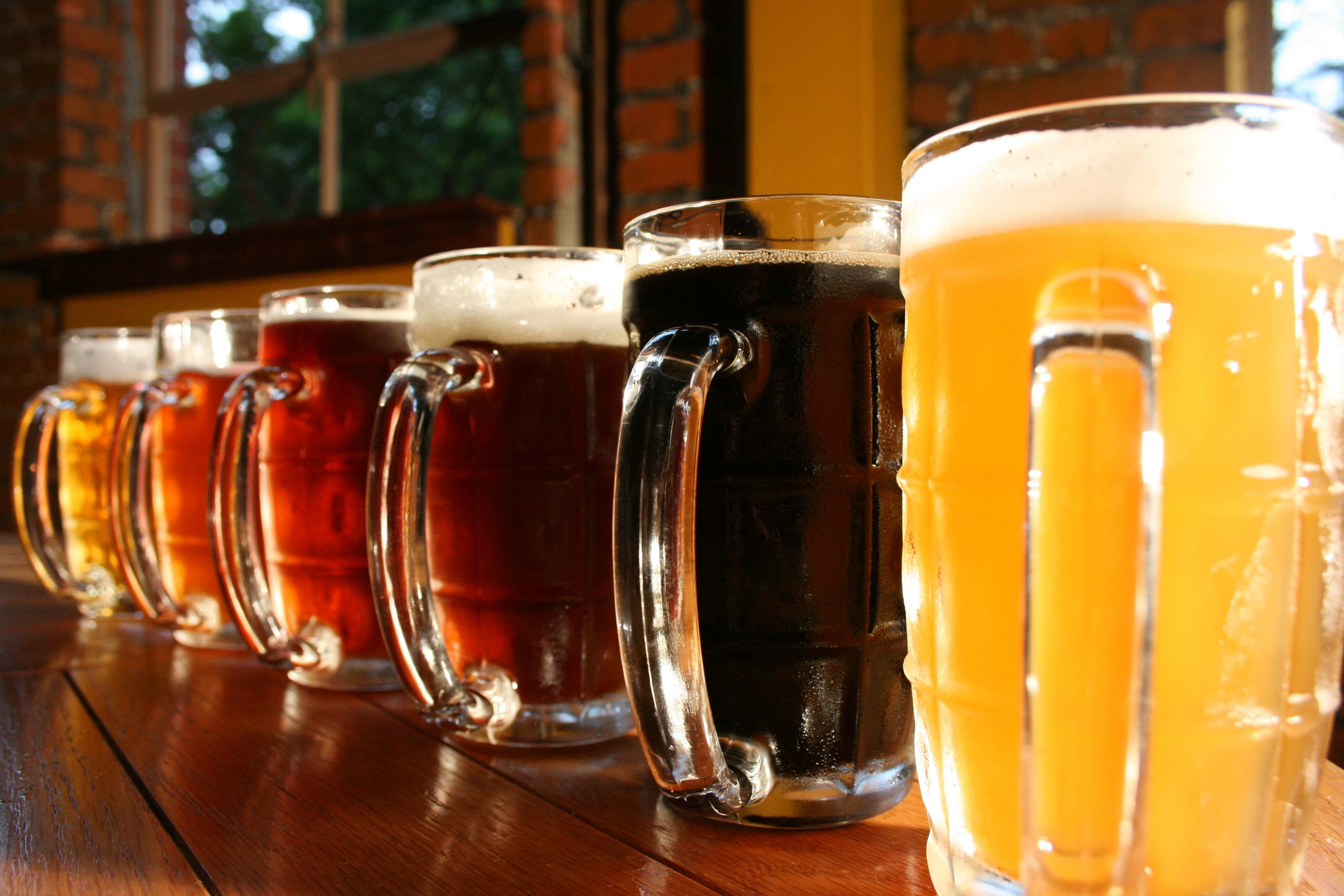http://alkohacker.ru/wp-content/uploads/2016/03/Craft-Beer.jpg