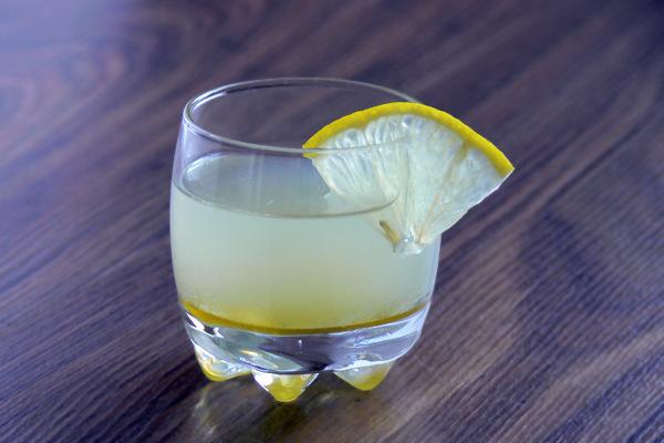 Настойка за 15 минут на имбире и лимоне