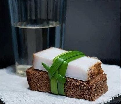 Как быстро засолить сало с чесноком и перцем