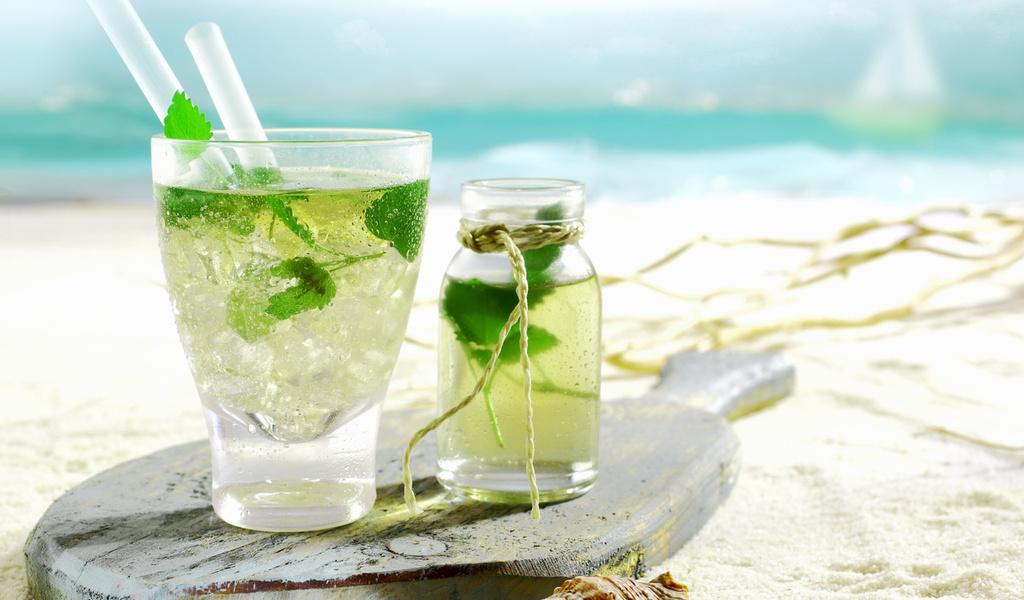 Как правильно пить алкоголь в жару