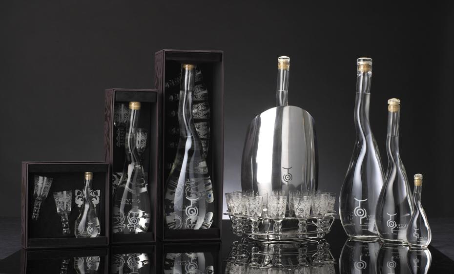 Уникальные дизайнерские решения водочных бутылок
