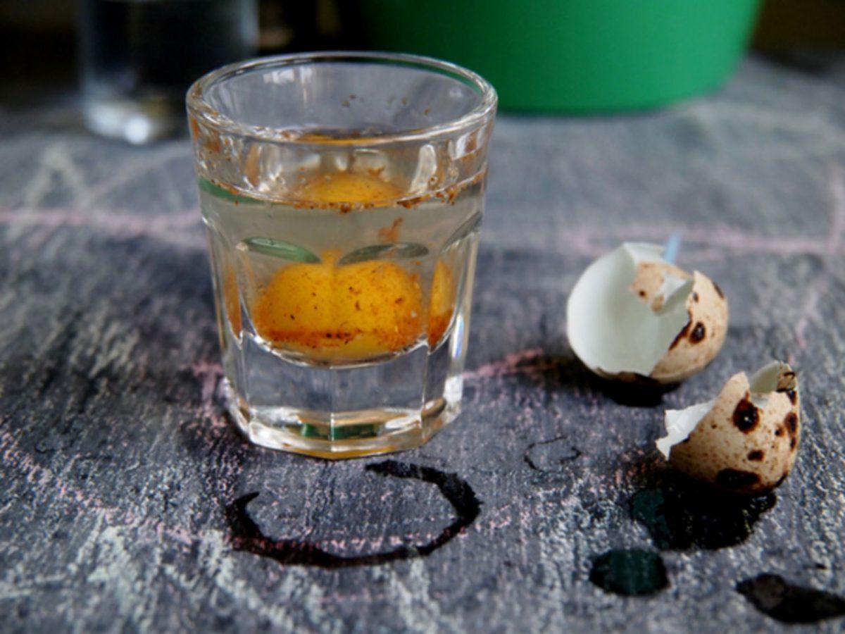 Коктейль из сырого яйца и сметаны для потенции